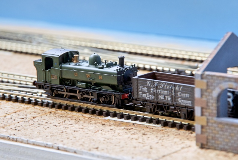 ngauge-gwr-terminal-station-model-layout-pannier-5724.jpg